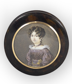 Tortoiseshell snuffbox with a portrait miniature of a young lady