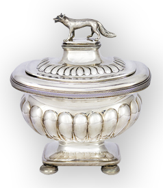 Tobacco Jar crowned with a Fox.
