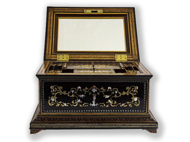 Marqueterie-boulle-sewing-box-Paris-1830-1840-01